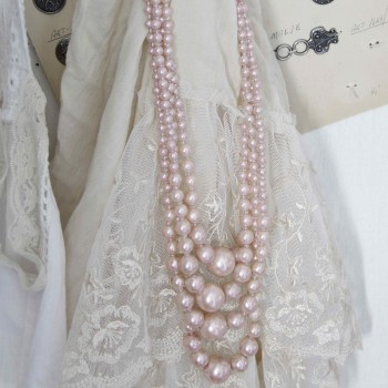 Pearl String (Dusty Rose)