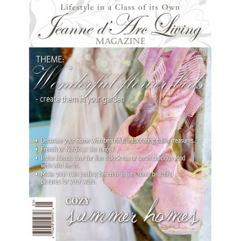 Creating wonderful flower beds by Jeanne d'Arc Living (May 2015)