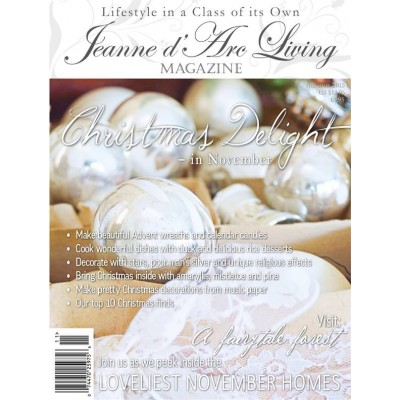 Christmas Delight by Jeanne d'Arc Living (November 2015)