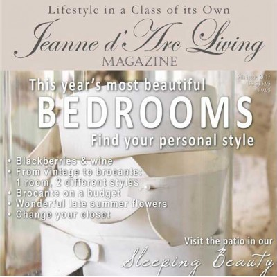 Inspiring and Beautiful Homes by Jeanne d'Arc Living (September 2017)