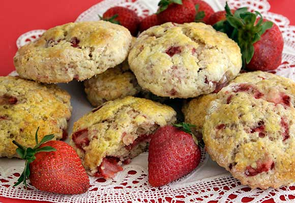Provence: Strawberry Scones